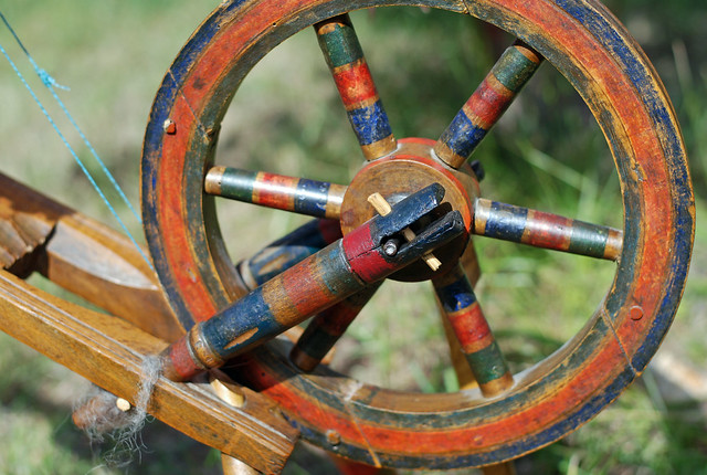irieknit's antique East European saxony spinning wheel drive wheel detail