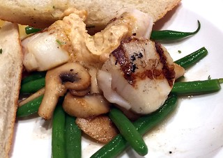 Grilled scallops with shrimp butter