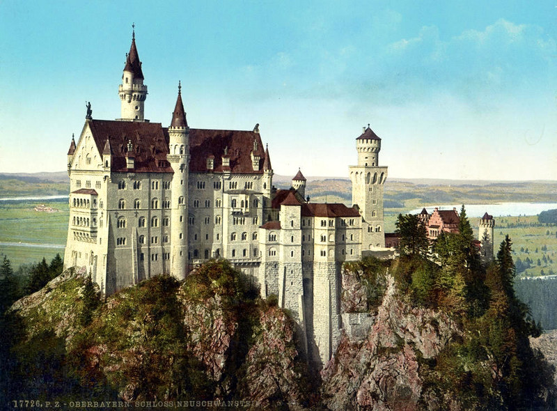 The Amazing History and Architecture of Neuschwanstein Castle ARCHITECTURE Castles ans palaces History of Architecture Medieval Gothic Style Architecture
