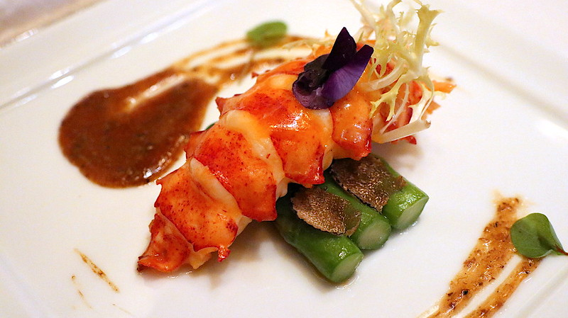 Pan-fried Canadian Lobster, Wok-Seared Green Asparagus, Black Truffle Sauce