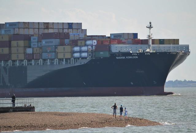Maersk Kowloon  (3) @ Felixstowe 15-08-17