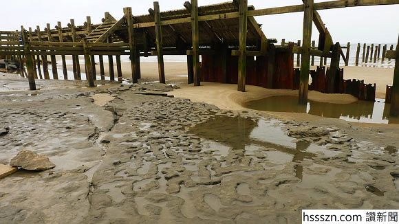 image_1749_1-Happisburgh-Footprints_580_326