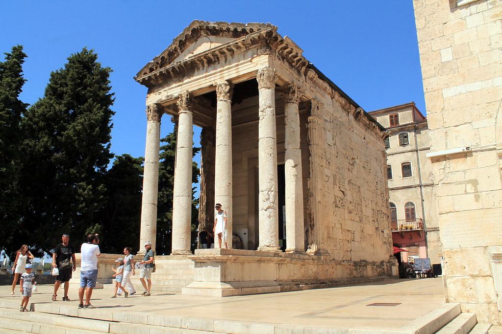 Pula (Pola) Tempio di Augusto - Croazia