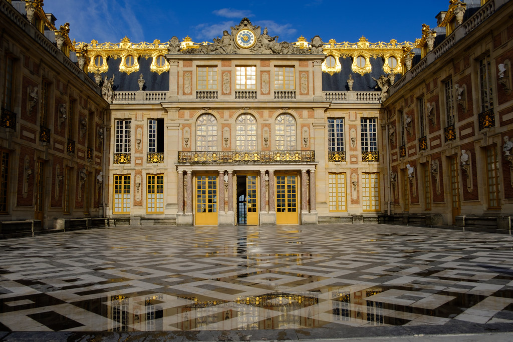 versailles rive droite railway station france around guides. Black Bedroom Furniture Sets. Home Design Ideas