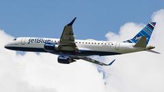 DCA - jetBlue Embraer 190 N334JB
