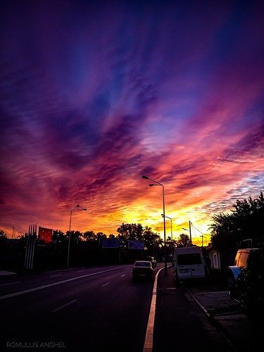 bucuresti sunrise bucharest colors travel urban romania clouds naturalwonders nature sun morning