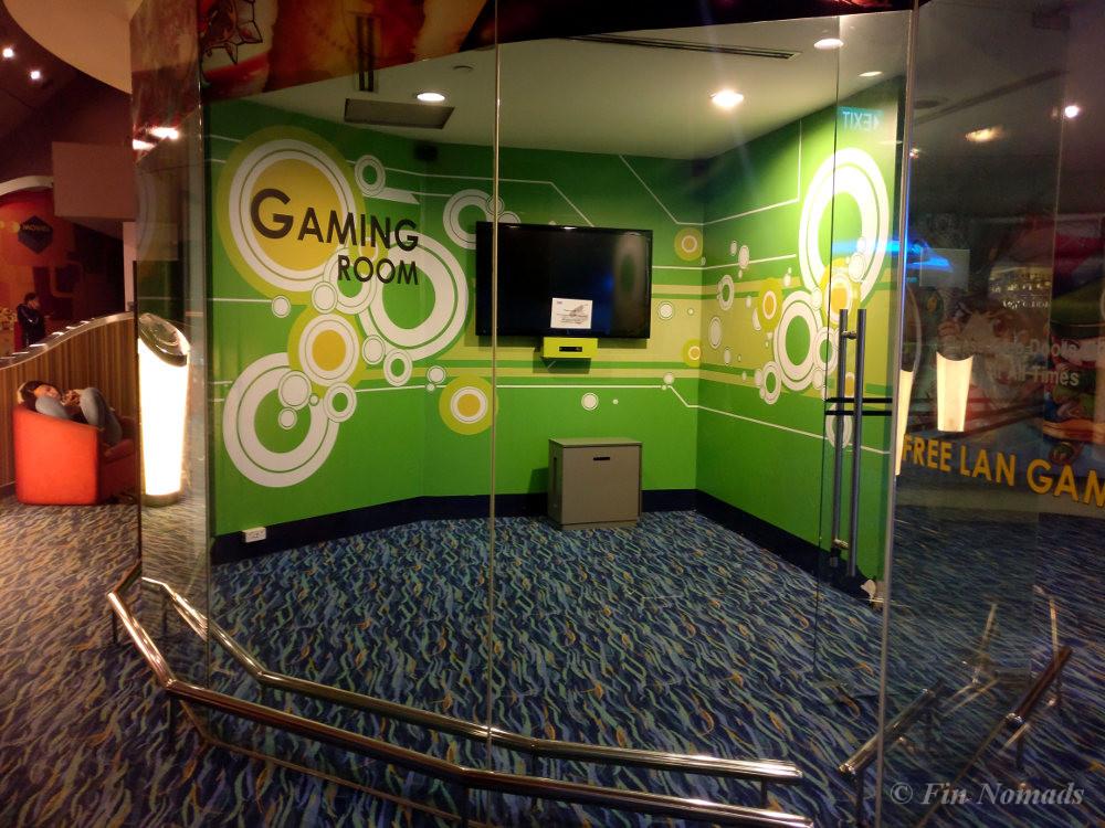 changi airport game room