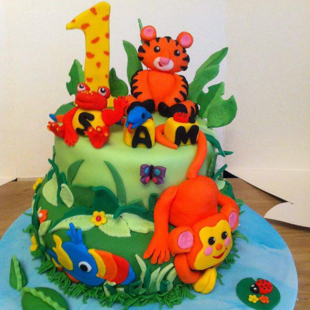 Cake from Cupcake toppers by Idle Hands