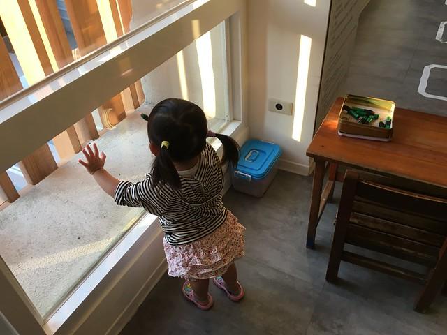 二樓傳統遊藝間的動力沙與玻璃彩繪筆送來囉@宜蘭捷絲旅礁溪館