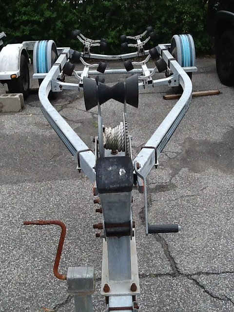 Loadrite Single Axle 1750Lb Boat Trailer 16-18ft Boat 16 Rollers Tires ST205/75 D14 Max Load 1750 3000Lb $900 631 862 6973