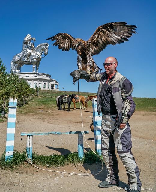Mongolia Chiggis Khan Monument-13