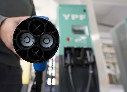 Cargadores eléctricos YPF