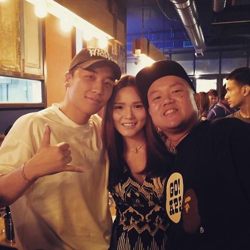 nicole.wongcw YG Republique (1)