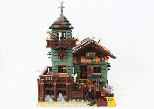 Lego Ideas Old Fishing Store 21310 Review The Brick Fan