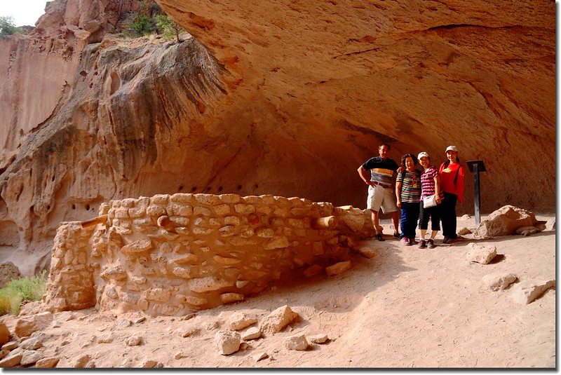 Reconstructed kiva at Alcove House 3