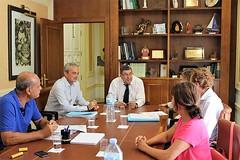 Vélez-Málaga adjudica el servicio de natación terapéutica a