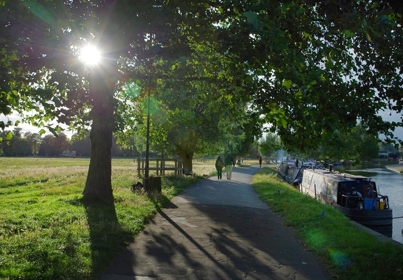 Stourbridge Common - footpath along the River Cam. Credit mattbuck