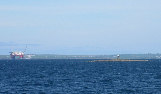Structure in mid Scapa Flow