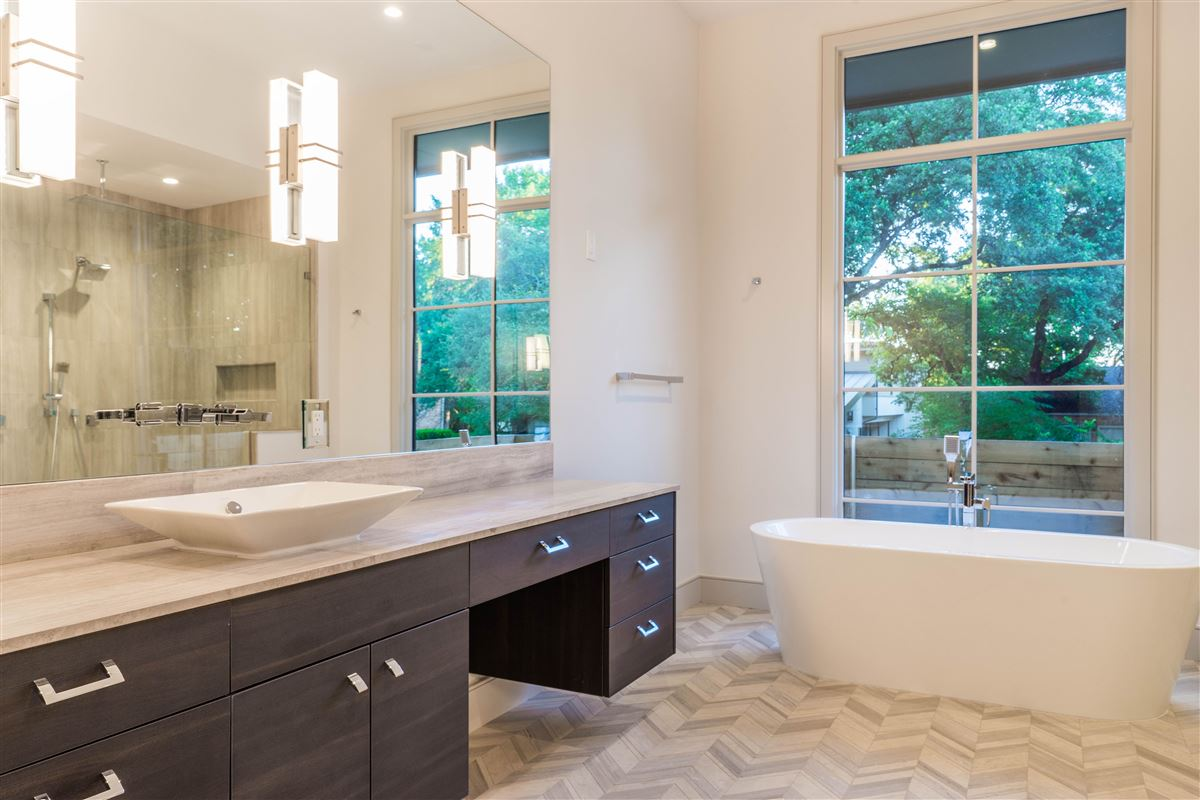 dream house sleek new contemporary home mademoiselle snow