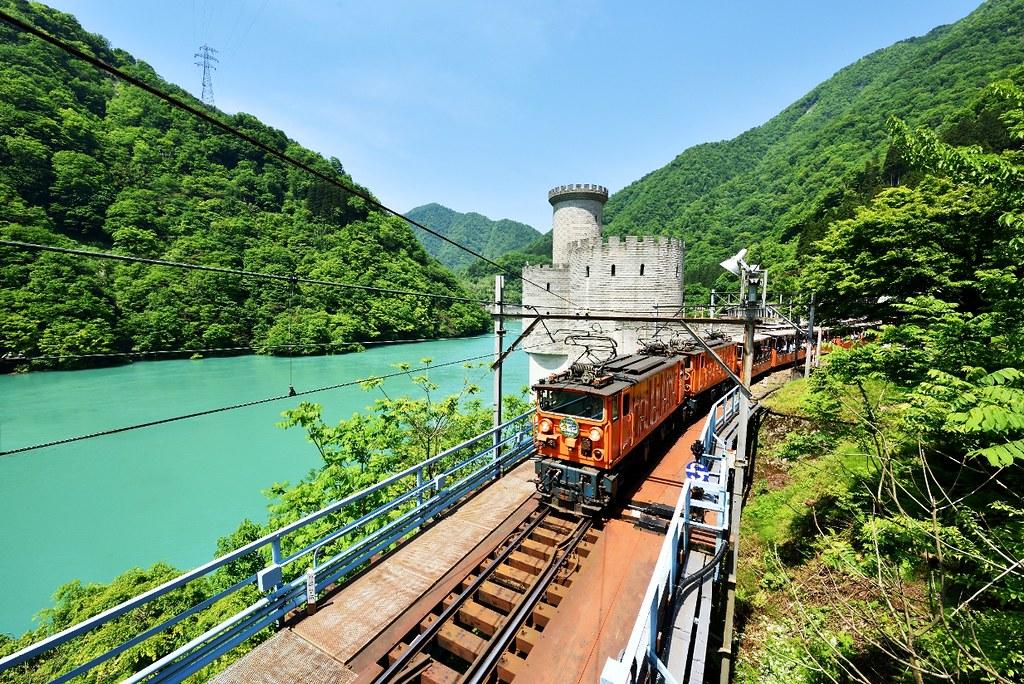 CENTRAL JAPAN: Tateyama Kurobe Alpine Route & Toyama Bay Sushi! (Day 3-4)