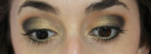 Black and gold makeup look