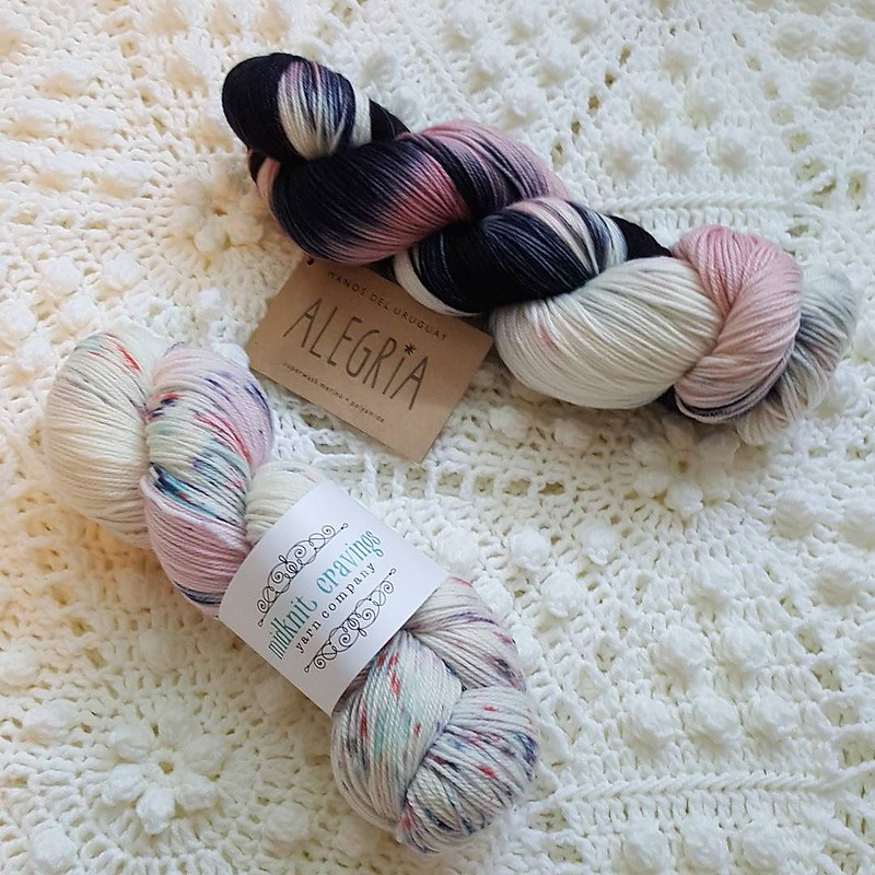 I haven't knit any socks this summer but that didn't stop me from going to @prairielilyknitting when I saw that @midknitcravings yarn was there! I had to get myself a skein and of course I couldn't resist some new Allegria too. #yarnporn #manosdeluruguay