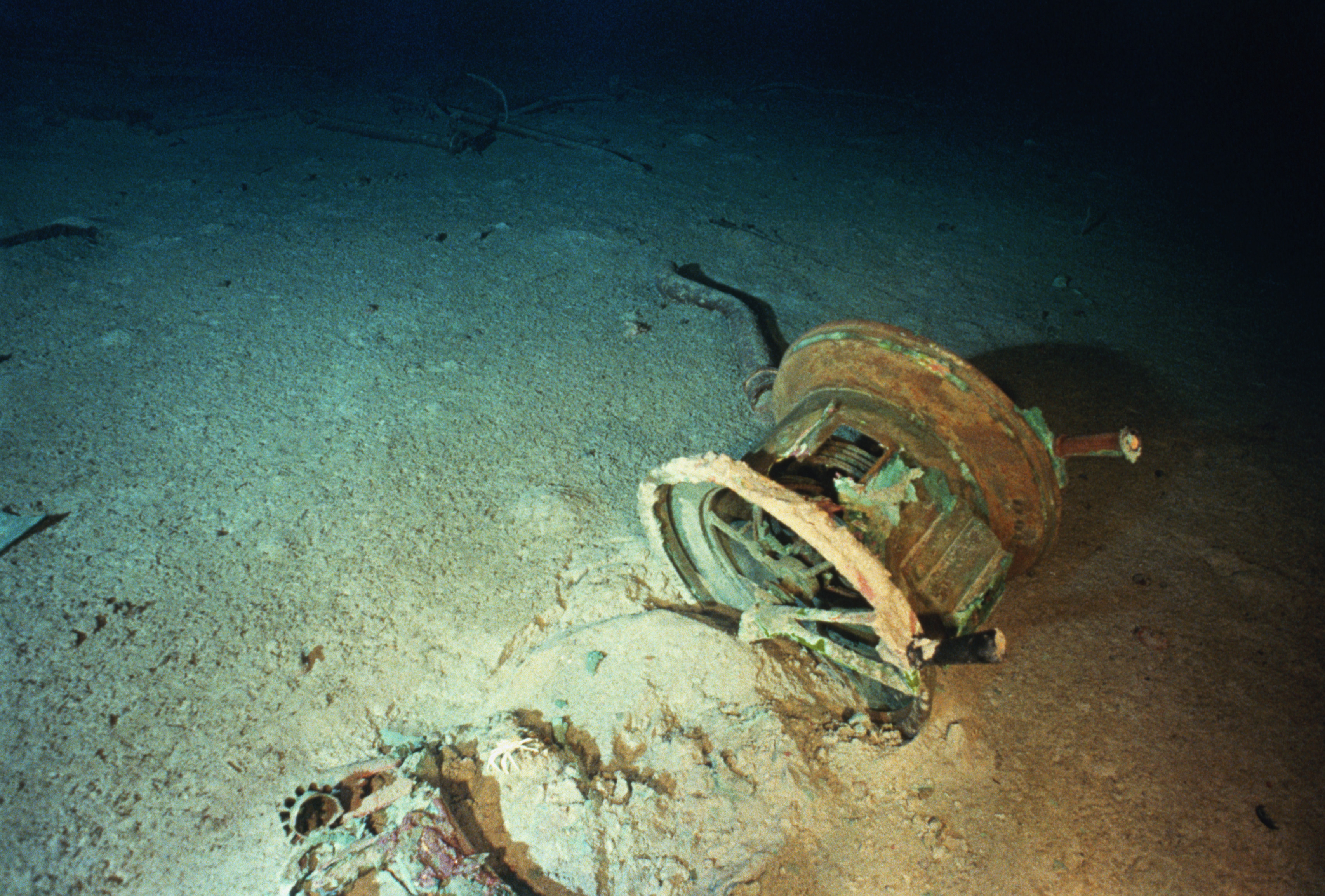 One of Titanic's ship telegraphs, a device which told the engine room the bridge's orders for speed, lies in the wreck's debris field. Image ©1995 Ralph White/CORBIS