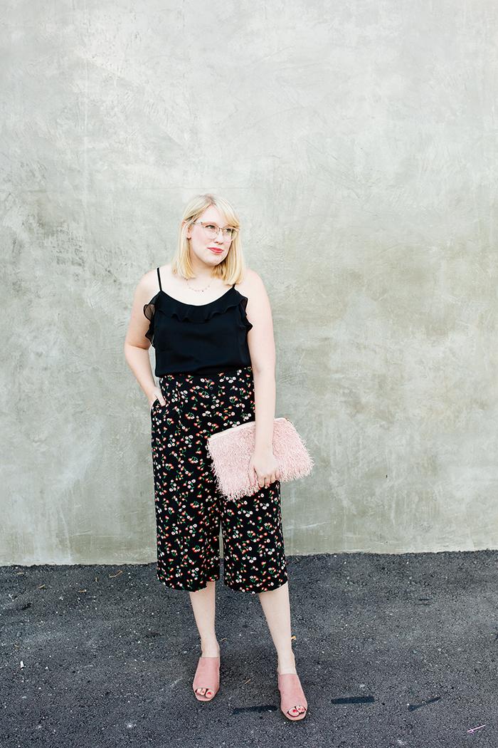 austin fashion blog writes like a girl black floral culottes3