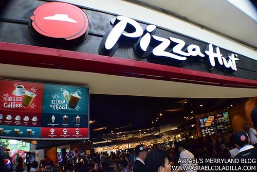 Pizza Hut SM MOA (1)