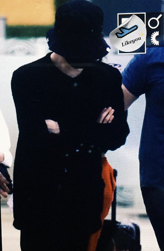 G-Dragon Arrival Seoul from Japan 2017-09-21 (4)