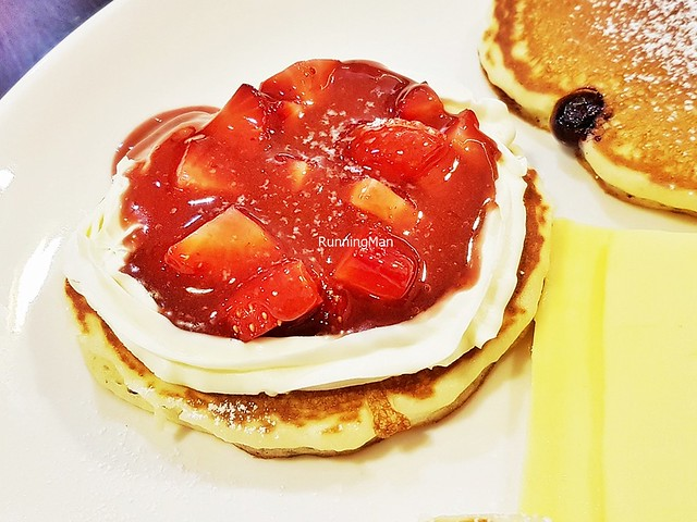 Strawberry Cream Cheese Pancake