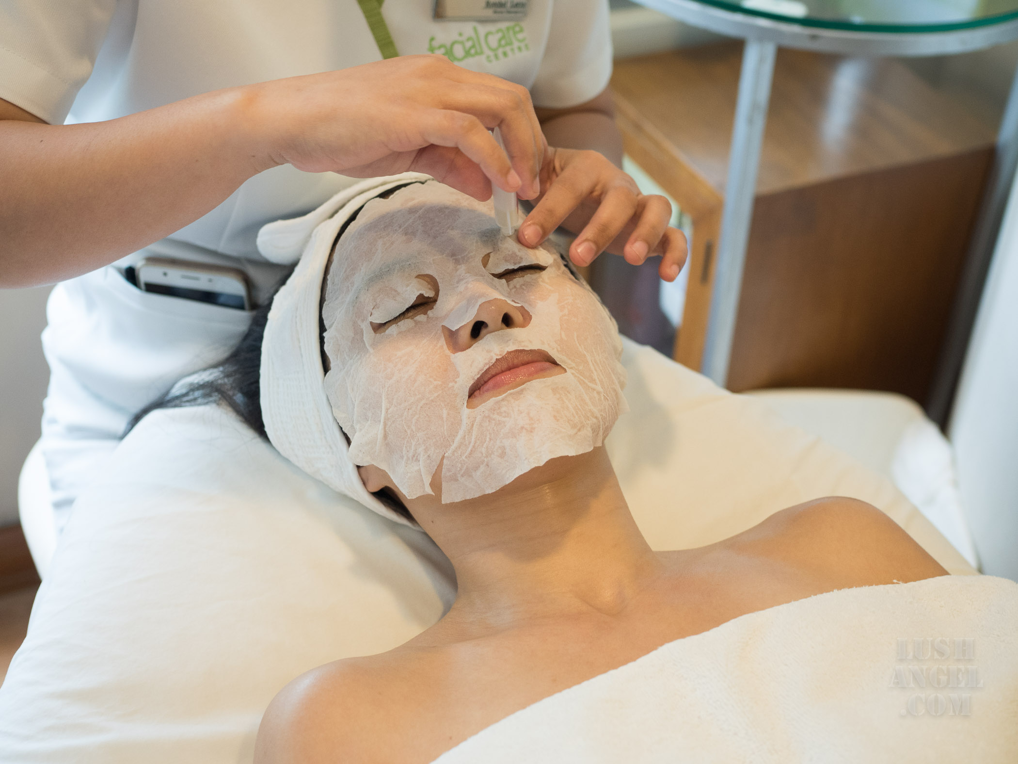 facial-care-centre-oxygen-cell-renewal-therapy-process