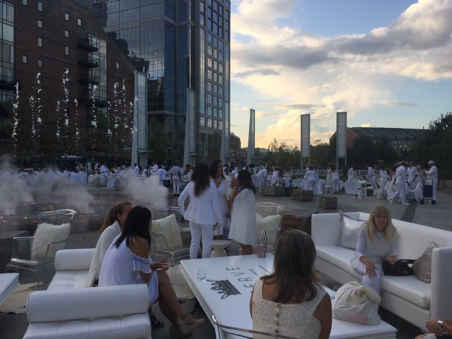 Le Dîner en Blanc Boston 2017 by Socially Superlative (5)