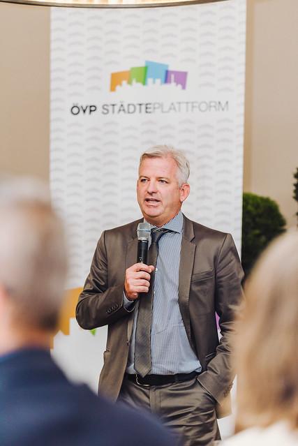 OEVP_Staedteplattform_Henrici_web_byJOSEFSIFFERT-43