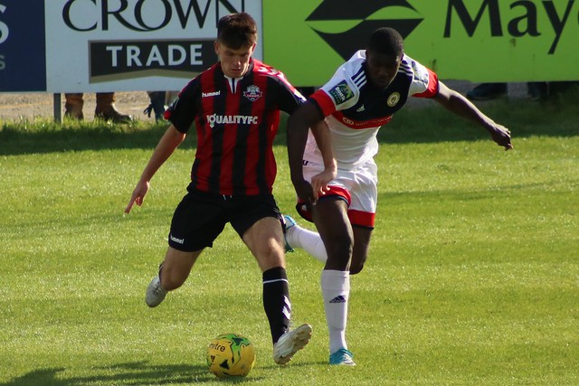 Lewes v Cray Wanderers, Canon EOS 750D, Canon EF 75-300mm f/4-5.6 USM