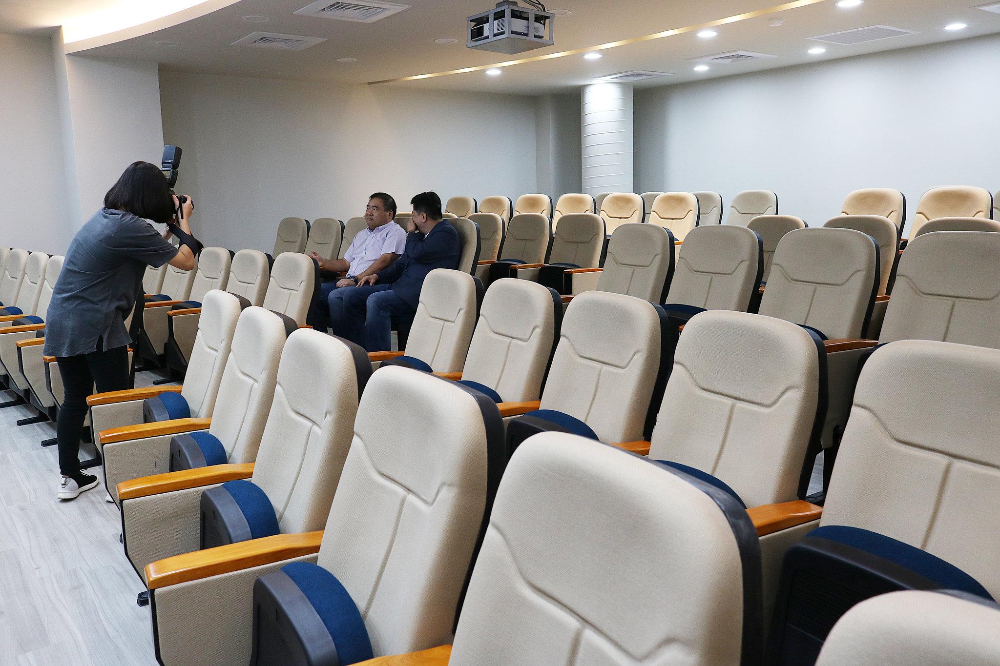 cb階梯教室