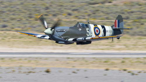 Supermarine Spitfire Mk IX - Super Low Flyby