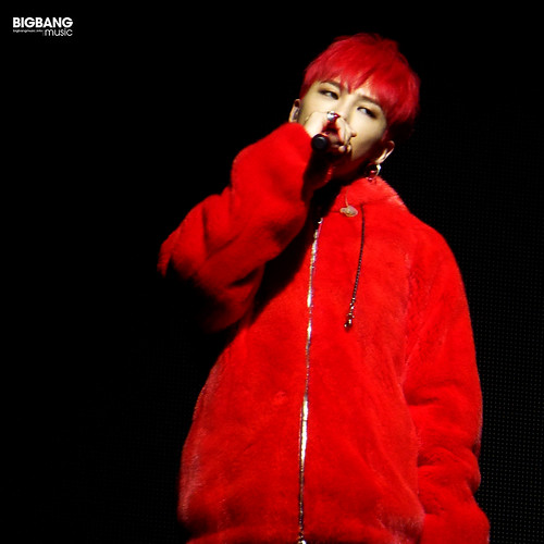 G-Dragon-MOTTE-in-Berlin-2017-09-30-31