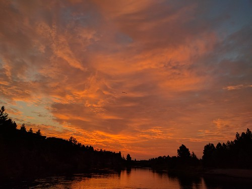 skyonfire clouds spectacular bend river oregon beautiful sunrise cof026 cof026mari cof026uki cof026dmnq cof026mvfs