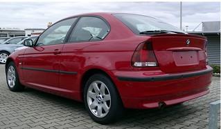 BMW_325i_Compact_2001_R2