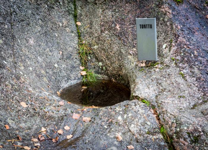 Askolan hiidenkirnut tonttu syvyys (1 of 1)