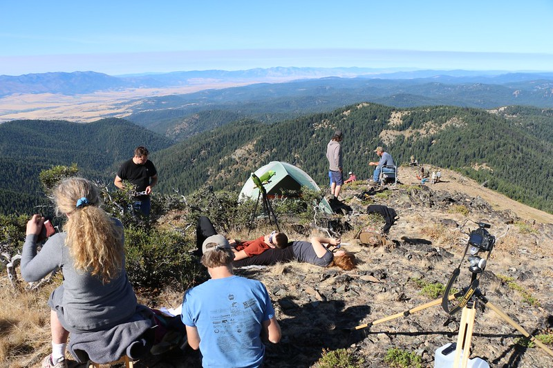 View southwest from Dixie Butte - some eclipse folk even brought their pet parrots