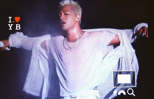 2017-09-24 Taeyang WHITE NIGHT in Hong Kong