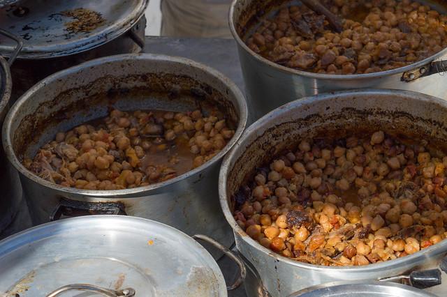 Τελευταίες προετοιμασίες - 1η Γιορτή Ρεβιθιού στην Ψίνθο