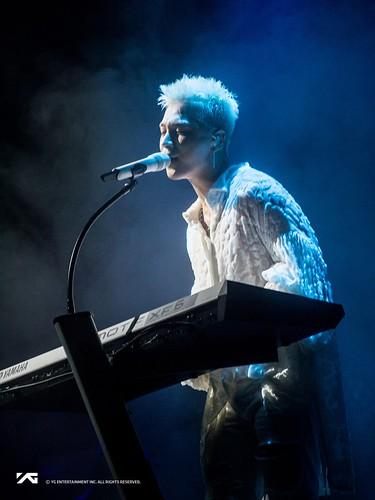 Taeyang WHITE NIGHT in Chicago 2017-09-03 (11)