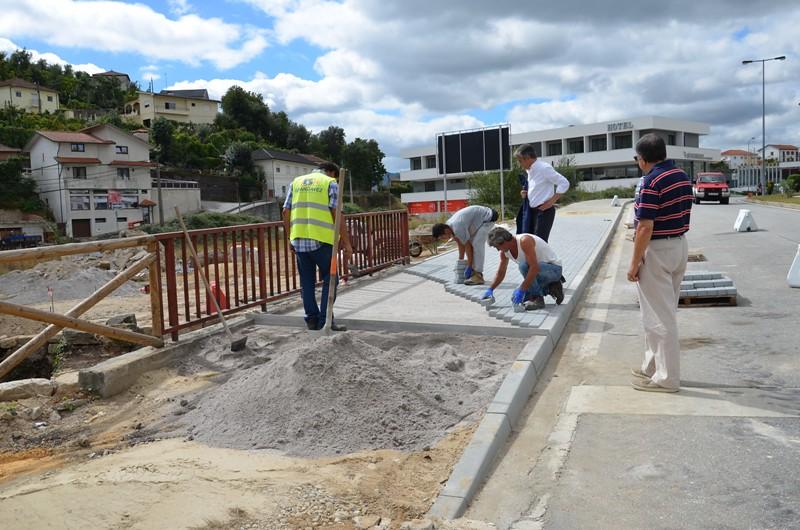 construção de passeios na Avenida Cardeal D. António Ribeiro (2)