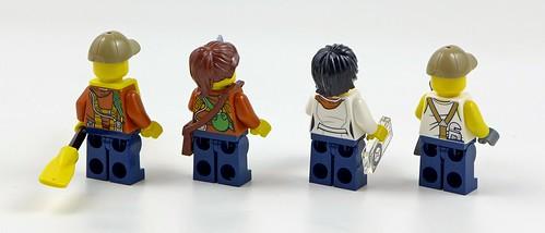 LEGO City Jungle 60160 Jungle Mobile Lab 12
