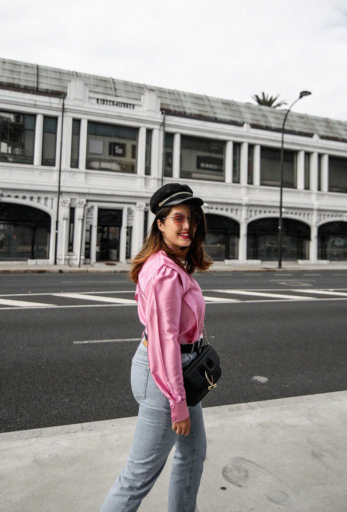 blusa con hombreras rosa asos look back to 80s-2