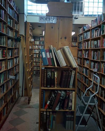Eliot's Bookshop (2) #toronto #yongestreet #yongeandwellesley #eliotsbookshop #bookstore #usedbooks #books