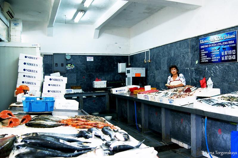 В рыбном отделе
